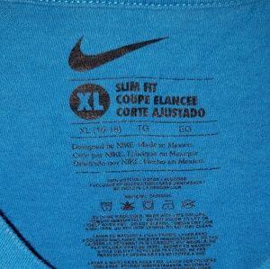 Nike Shirts & Tops - Nike tshirt